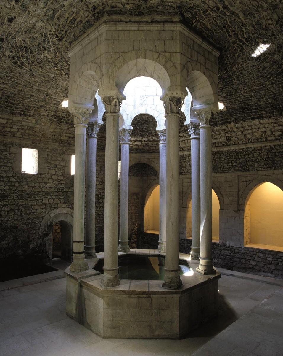 Interior dels banys àrabs