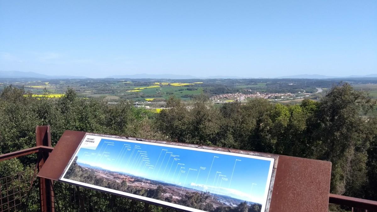 mirador muntanya sant julià
