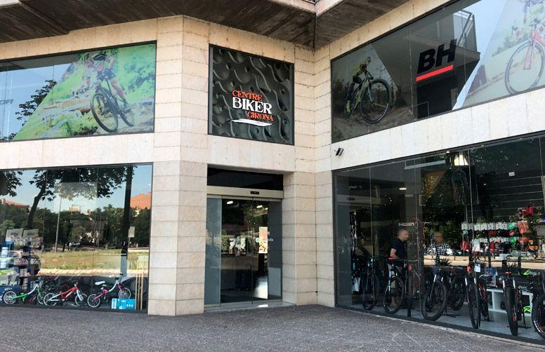 Façana de la botiga Centre Biker Girona