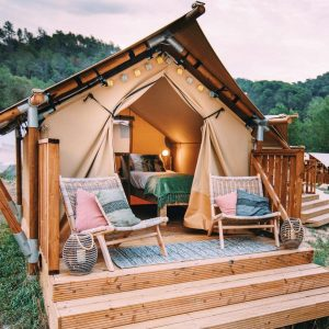 Lodge de Can Bora Lodges